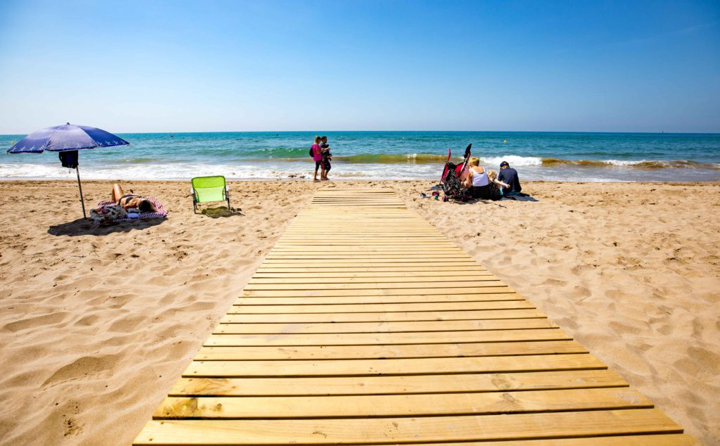 best beaches close to Barcelona